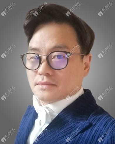 北京钢研口腔门诊部李峰