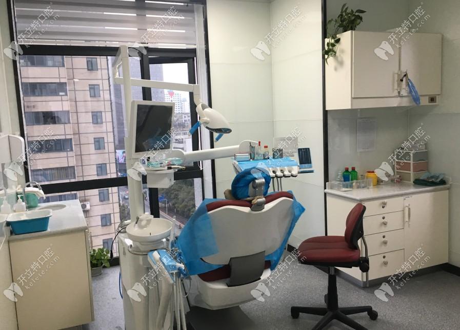 贵阳富水南路丁泽鲤口腔价格已整理,据说这家牙科评价不错