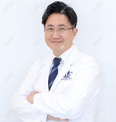 韩国移安曼哈顿牙科医院咸大元