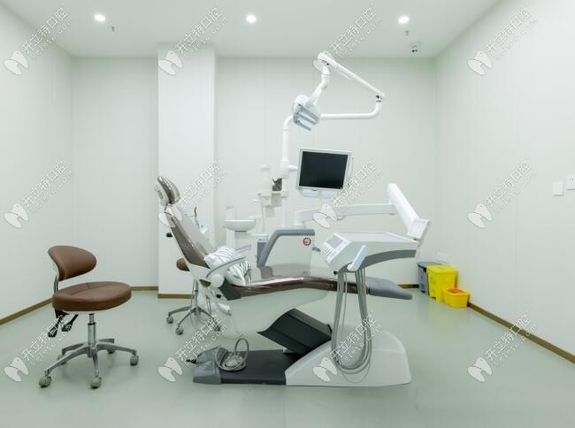 诚致雅口腔种植牙专用手术室